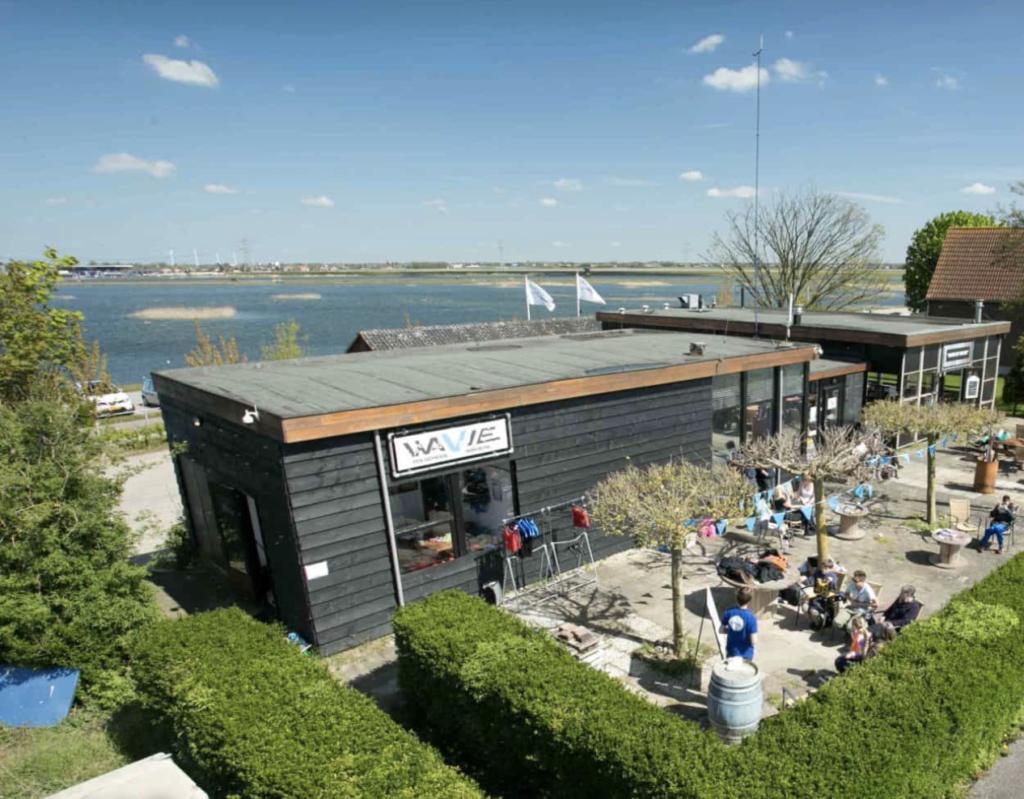 Zeilschool Wavie voor leuke zeilkampen in Nederland
